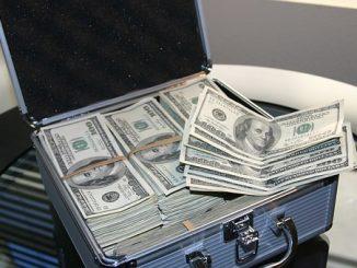 лесни пари от хазарт